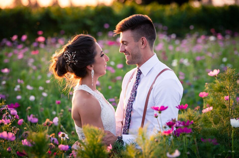 Mandi & Daniel – Postlewait's Country Weddings – Oregon